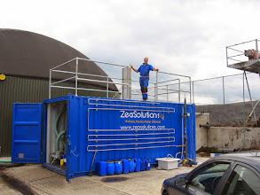 Photo: Containerinstallatie bij MNO Onstwedde met het 1e prototype van een stripper / gaswasser voor het maken van ammoniumsulfaat meststof