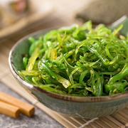 107 Wakame Salad