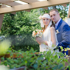 Wedding photographer Konstantin Ezhov (Ezhoff). Photo of 19.04.2016