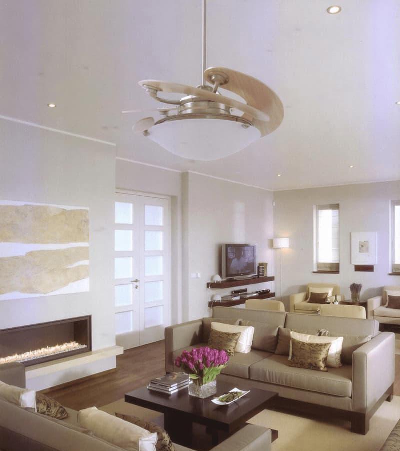 Quạt trần trang trí kết hợp rất linh động trong nhiều thiết kế quán cà phê