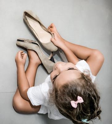 Con le scarpe di mamma di fabbra77