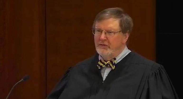 Billedresultat for judges in black