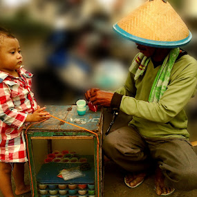 Si Upik by Harry Suryo - Babies & Children Children Candids