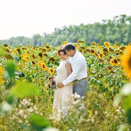 Wedding photographer Marina Kutukova (Marina2807). Photo of 07.08.2016