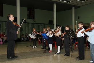 Photo: Открывает концерт младшая группа (A-okester)