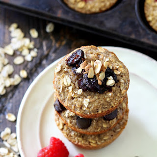 Healthy Customizable Oatmeal Muffins.