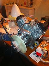 Photo: volant moteur -2.5kg!! bon boulot!l'hélice 1355g