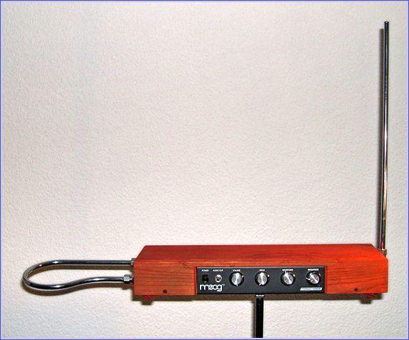 Theremin instrumento música eléctrico