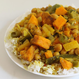 Freezer-to-Slow Cooker Thai Pineapple Curry