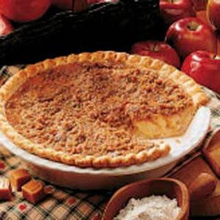 Caramel Crunch Apple Pie.