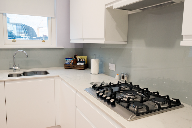 Fully equipped kitchen at Shaftesbury Mansion Apartments
