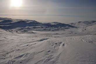 Kuva: Kämpältä maisemaa Pitsusjärven suuntaan, taustalla Govddosgáisi