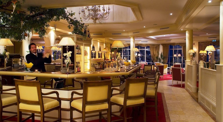 Majestic Hotel & Spa