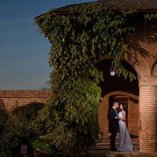 Wedding photographer Alex Musat (musat). Photo of 05.11.2015