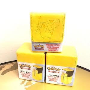 Pokémon Premiukm Flip Box