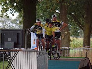 Photo: Start van de vierde manche (15 uur), met aan de start TC Heeze (de latere winnaars met een gemiddelde snelheid van 42,2 km/u).