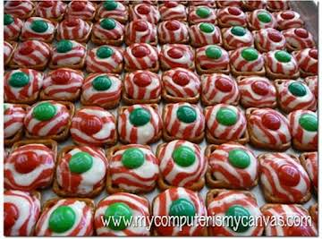 Peppermint Pretzel Melts