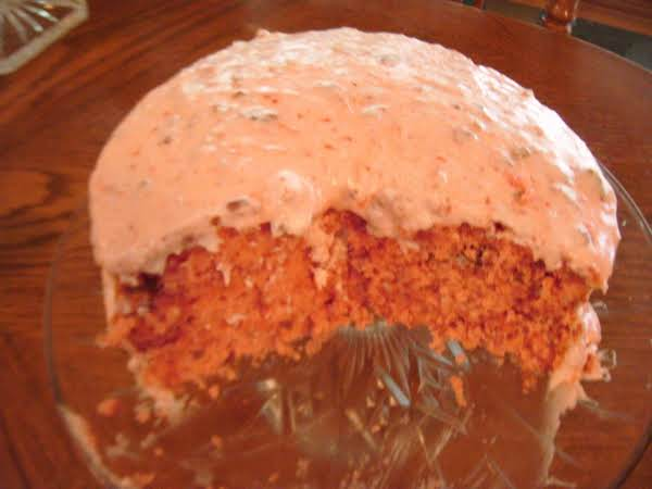 Strawberry Pecan Cake Recipe