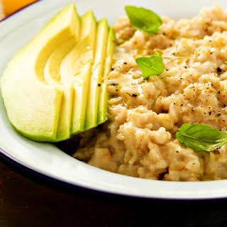 Pre-Workout Comforting, Cheesy Breakfast Oatmeal.