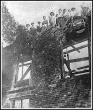 Photo: Budowa nowego kościoła - rok 1927. (Skan zdjęcia udostępnionego przez Panią Zofię Chmiel)