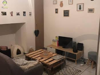 Studio 28 m2