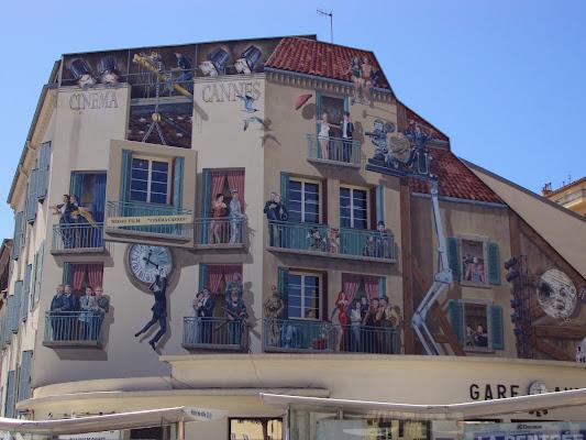 Windows in Cannes di Melania Fallace