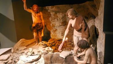 Photo: Древние люди,Музей естественной истории