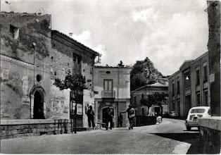 Photo: Piazza Municipio anni '60 (corretto) Collezione Eugenia Pagliaro