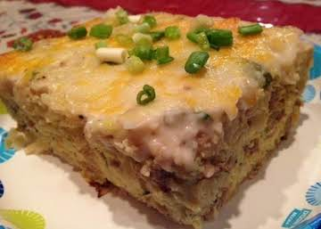 Hash brown, Egg, Sausage, and Gravy Casserole