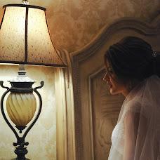 Wedding photographer Angelina Kameneva (FotKAM). Photo of 01.10.2018