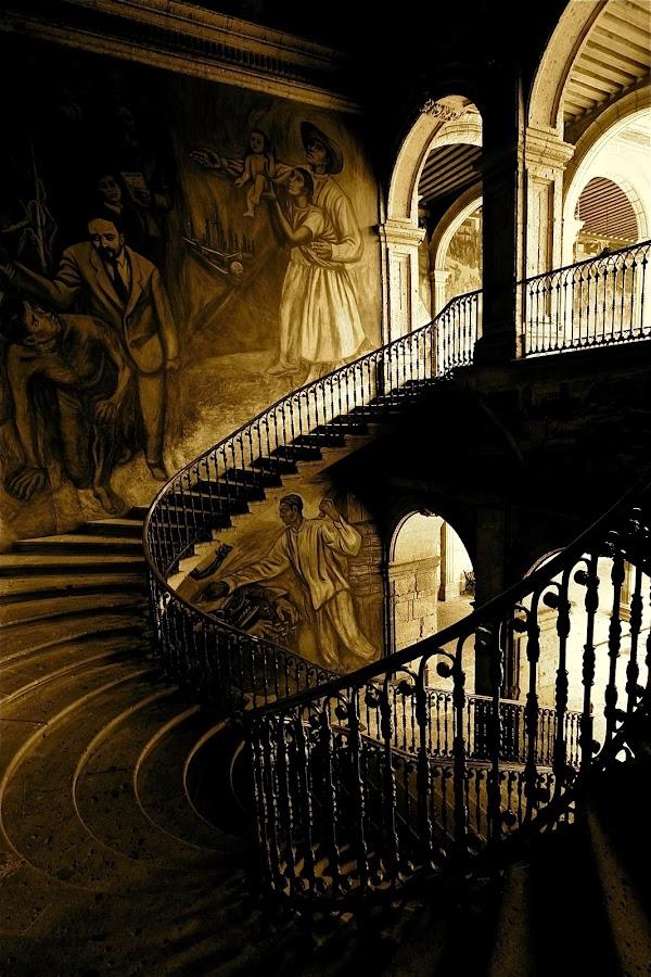 CAMINO A LA JUSTICIA by Jose Mata - Buildings & Architecture Other Interior