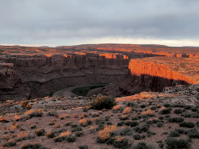 Shadows rising on the canyon walls above the Green River