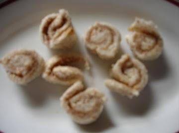 Easy Little Cinnamon Rolls For Kids! Recipe