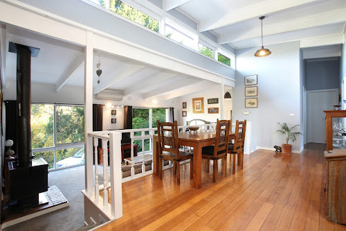 Photo of property at 3 Emerald Lake Road, Emerald 3782