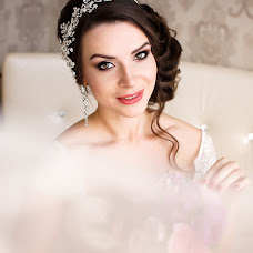Wedding photographer Larisa Kucenko (Kutsenko). Photo of 28.02.2016