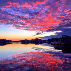 Magic sunset at the sea Sweden west coast  by Eva Larsson - Landscapes Waterscapes ( sunset colors sea water sweden pink mirror skyscraper sky )