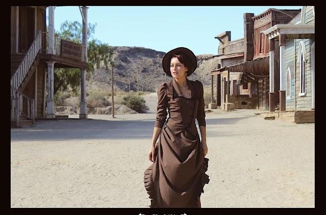 Nadia Lanfranconi en el Rancho Leone de Tabernas en una secuencia de 'The Bounty Killer'.