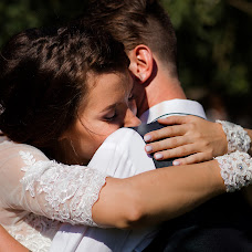 Wedding photographer Oksana Ryabovol (oksss12333). Photo of 22.04.2018