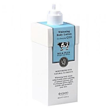 泰國Beauty Buffet 牛奶Q10美白滋潤身體乳  蘊含豐富的牛奶蛋白,豐富維他命A和E及Q10等滋潤營養成分,美白滋潤皮膚的同時,補充肌膚所需水分,保持肌膚動態水平衡,使肌膚恢復如絲般的柔嫩潤滑,持續使用更令肌膚白皙細嫩、柔滑亮麗。  主要功效:美白、抗衰老、嫩膚、滋潤 美白滋潤皮膚的同時,補充肌膚所需水分,保持肌膚動態水平衡,使肌膚恢復如絲般的柔嫩潤滑,持續使用更令肌膚白皙細嫩、柔滑亮麗!防止皮膚老化,保持年輕,身子抹上去也很快吸,精選的水合脂質組合使皮膚更佳滋潤,並賦予柔滑細嫩的觸感;生化輔酶Q10緊致皮膚、提升彈性,並穩定其良好狀態,特別適合乾燥皮膚使用 ✉有關產品及價錢查詢方法☎ ☎ Whatsapp :55982250 ☎ WeChat : Thais_smiles 網站:www.thaissmile.com IG Shop : thai.s.smile FB專頁 : www.facebook.com/thai.s.smlie FB專頁 Inbox : www.facebook.com/messages/thai.s.smlie ✉Email : thai.s.sm