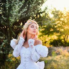 Wedding photographer Vika Burimova (solntsevnutri). Photo of 06.08.2015
