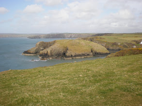 Photo: From St David's to Abercastle (Aber Castle)