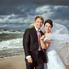 Wedding photographer Aleksey Semenov (lelikenig). Photo of 10.04.2013