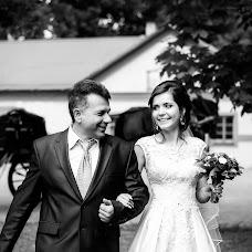 Wedding photographer Aleksandr Apanasovich (AleksAp). Photo of 11.09.2017