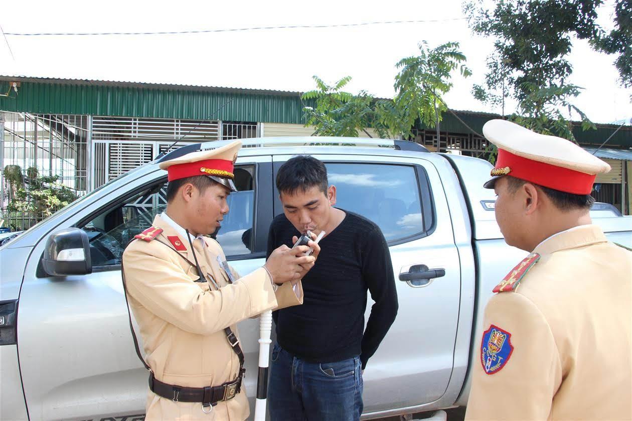 Qua tuần tra kiểm soát giao thông, lực lượng CSGT Công an tỉnh  đã phát hiện, lập hàng nghìn biên bản vi phạm hành chính