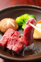Photo: りんごで育った信州牛 焼いてる途中 Beef