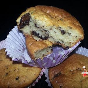 Chocolate Chip and Vanilla Muffins