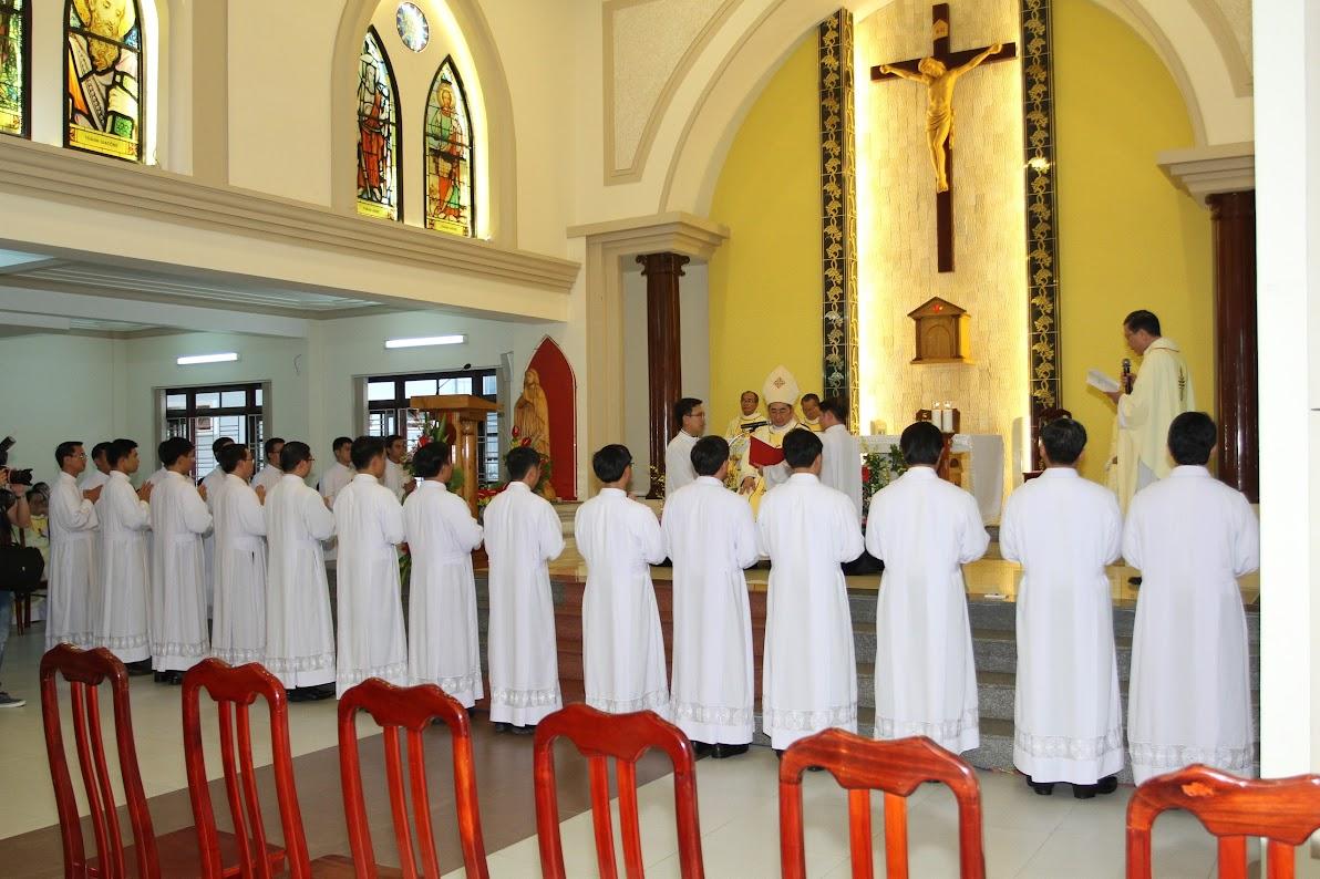 Lễ Phong Chức Phó Tế tại Toà Giám Mục Nha Trang - Ảnh minh hoạ 8