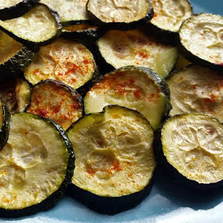 No Fry, Low Carb Zucchini Chips.