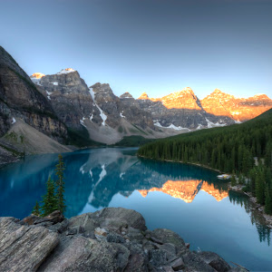 Lake Moraine sunrise 2.jpg
