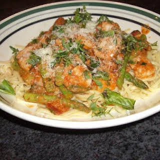 Linguine In Vodka Sauce With Shrimp and Asparagus.